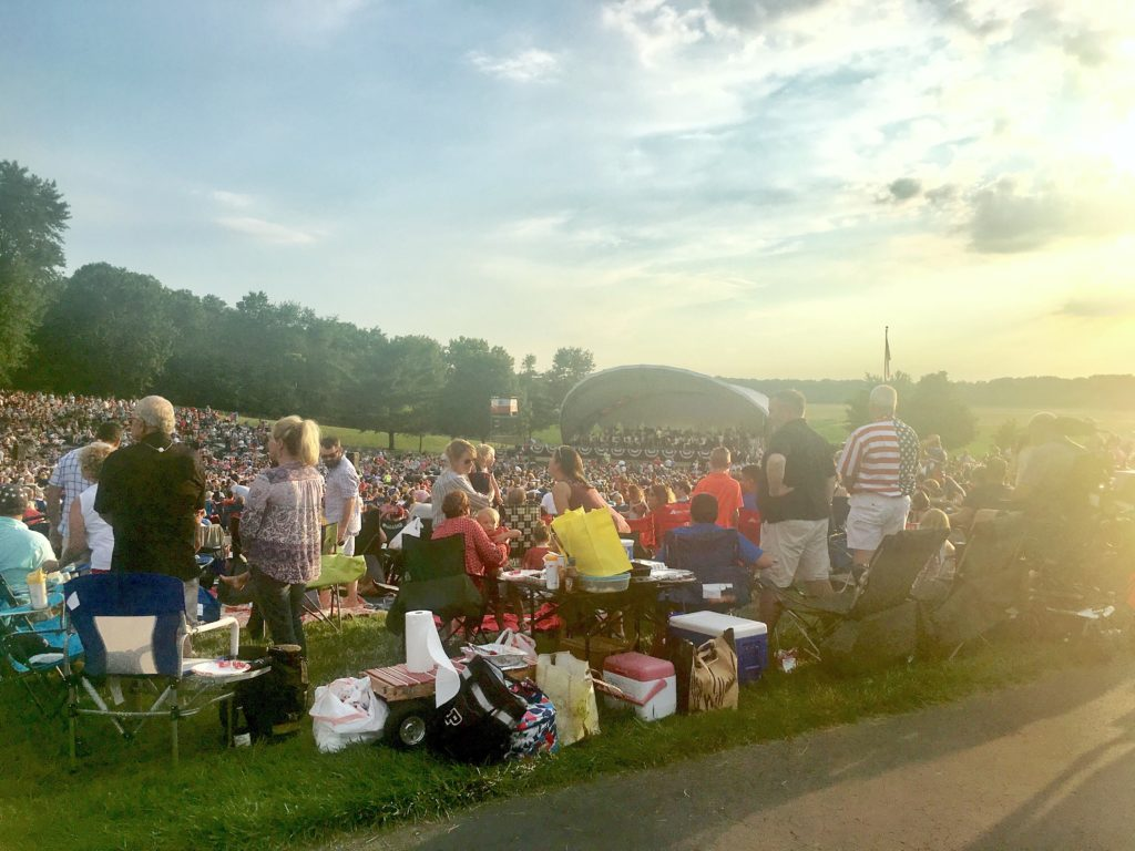 Star-Spangled Symphony crowd