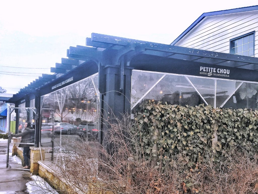 Petite Chou Bistro building