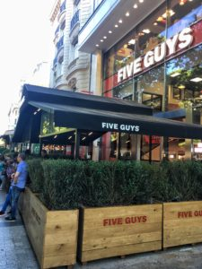 Five Guys in Paris