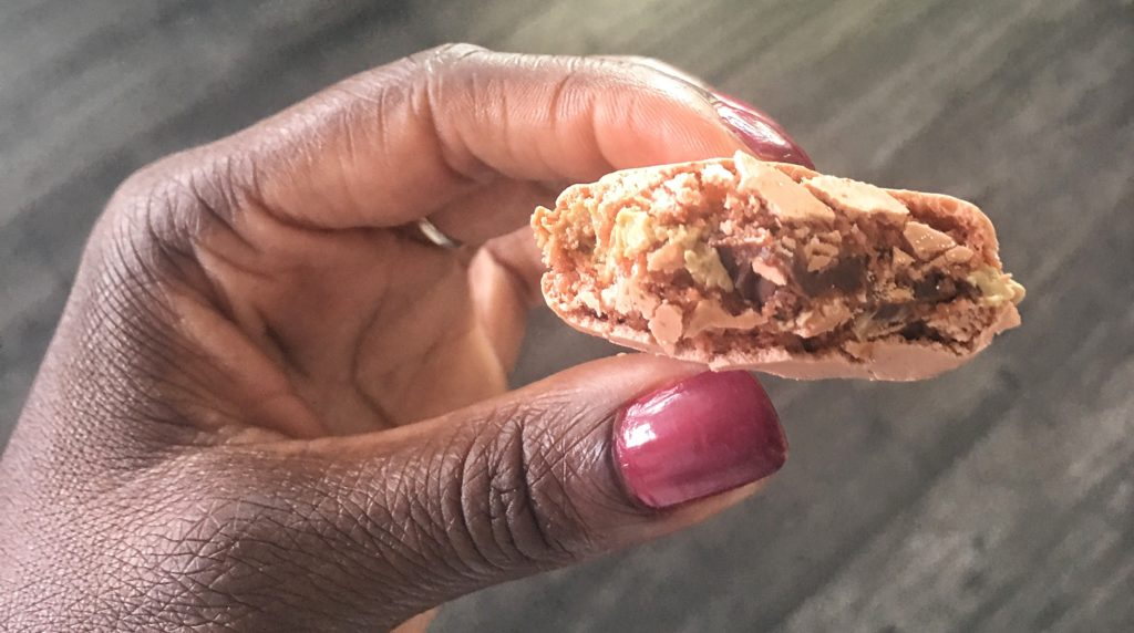 Inside of the chocolate maracon